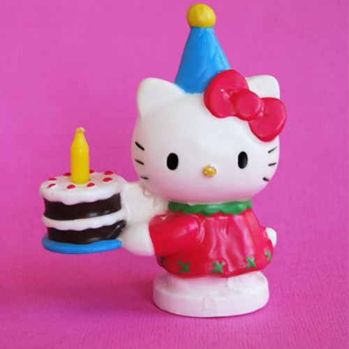 sugar_castle_hello-kitty-candle